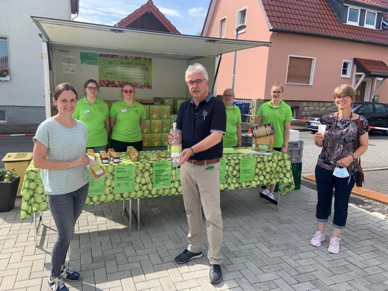 Read more about the article Leckere Obstsäfte beim Tag der offenen Tür